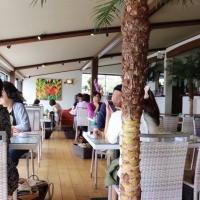 糸島ドライブで外せない!海岸沿いの海が見えるお洒落なカフェ『Hona Cafe』