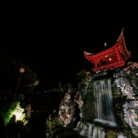 日本百名月に認定。那覇市『福州園』の夜間特別ライトアップ