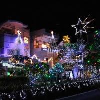 地元浦添で有名!市街地に突如現れる経塚のイルミネーション